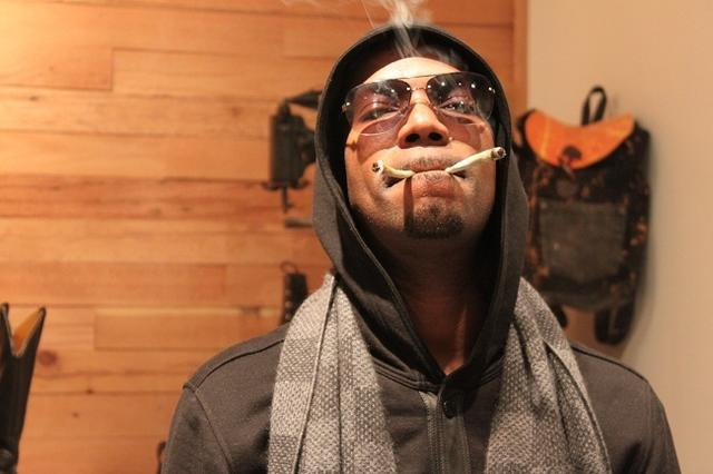 juicy j smoking weed bro